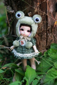 Frog Hat with Country Style Dress for Lati Yellow or Pukifee