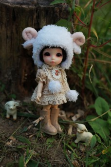 Sheep Hat with Country Style Dress for Lati Yellow or Pukifee